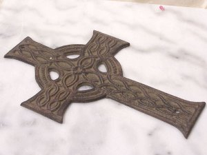 Flat Cast Iron Cross with Braiding