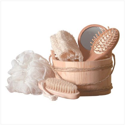6 PC WOOD BUCKET BATH SET