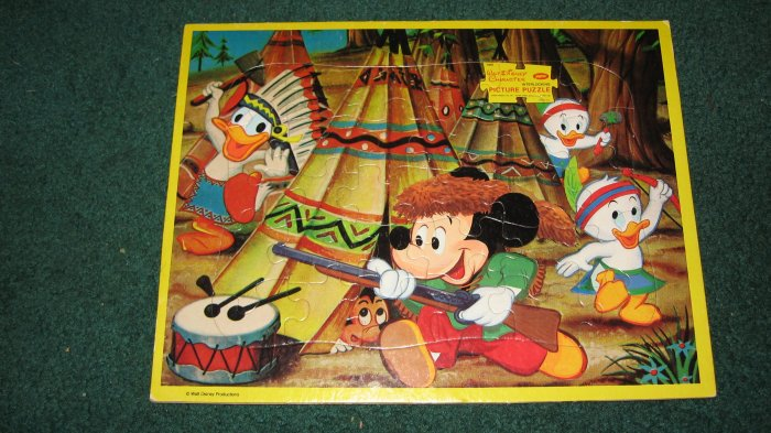 Walt Disney Collecatable Character Board Puzzle-Mickey,Donald and the nephews