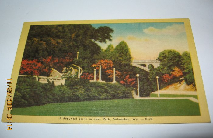 Lake Park,Milwaukee,Wi. bridge and flowers postcard W11