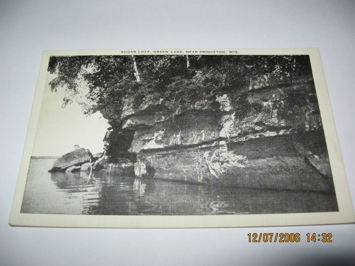 Sugar Loaf,Green Lake,Near Princeton,Wi. postcard w35