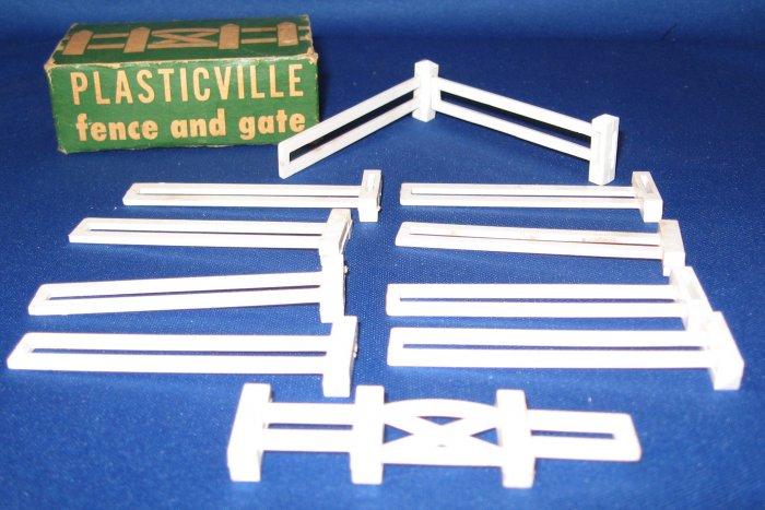 Vintage Bachmann Plasticville FENCE & GATE with Box