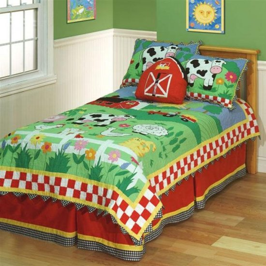 On the Farm Quilt Set