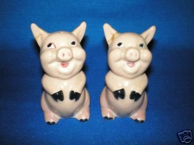 OLD SITTING PRETTY PIGS SALT AND PEPPER SHAKERS SET