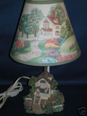 MINIATURE HOUSE LAMP SHABBY SHIC CUTE