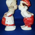 VINTAGE SALT AND PEPPER SHAKERS SET KISSING DUTCH KIDS