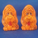 VINTAGE SALT AND PEPPER SHAKERS SET PLASTIC HOUND DOGS