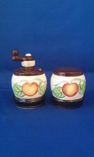 VINTAGE SALT AND PEPPER SHAKERS SET FLORAL COFFEE GRINDERS