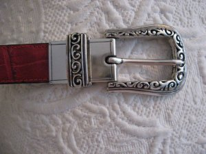Brighton  red / black leather belt L silver  tone buckle