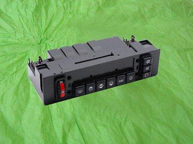 2018300585 Mercedes Climate Control Unit W201