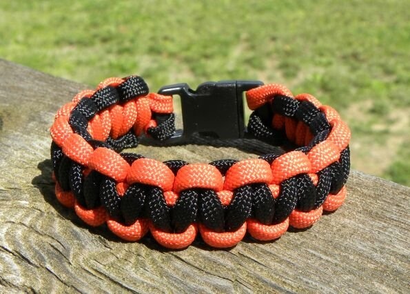 7 Inch Black & Orange (Harley Davidson) Paracord Bracelet