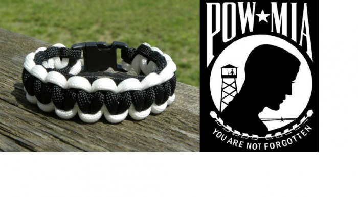 7 Inch Black & White (POW/MIA) Paracord Bracelet
