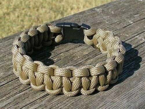 7 Inch Desert Tan Paracord Bracelet