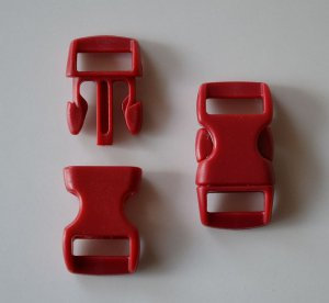 "20 3/8"" Red Side Release Buckles"