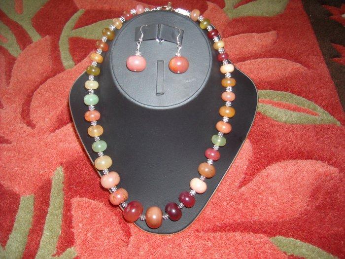 Carnelian necklace with earrings