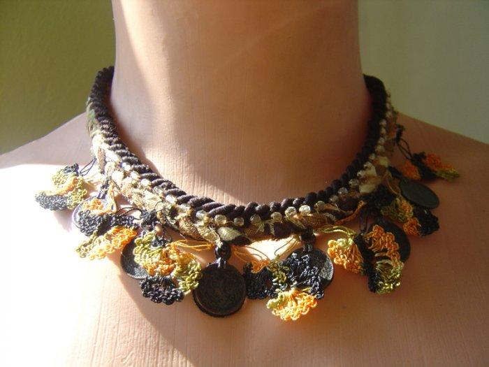 Ottoman style cotton necklace