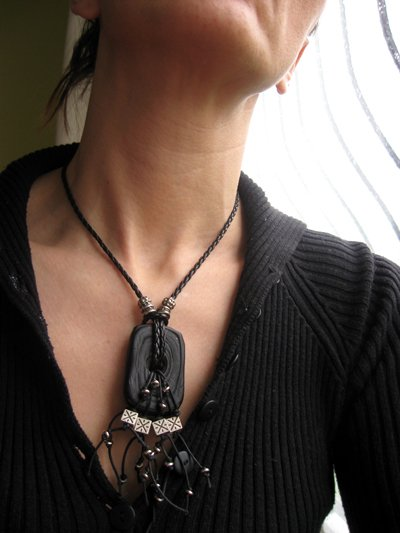 Black and Silver Elegant Necklace