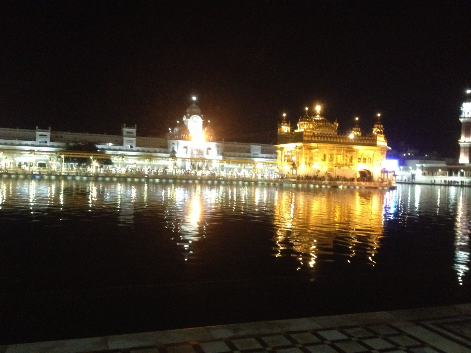 USB drive (pen-drive) pre-filled with Live recorded Darbar Sahib Kirtan (200 Hrs)