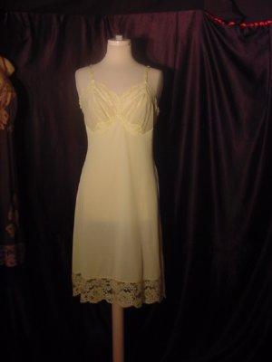 Vanity Fair slip Yellow Vintage Whole Slip Dress Full Slip Chiffon Cups Bust 36