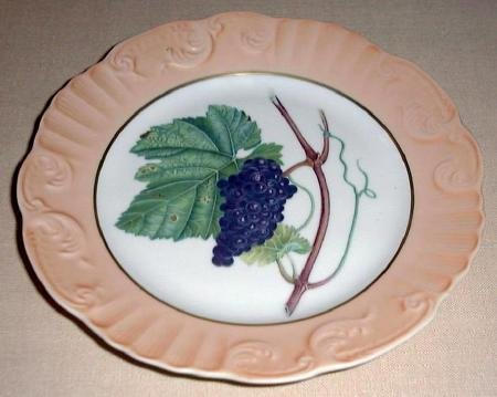 "Summer Fruit Porcelain 8"" Plate by Vista Alegre for Mottahedeh GRAPES Portugal"