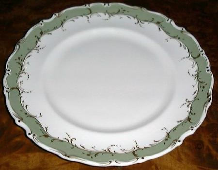 FONTAINEBLEAU Dinner Plate, Fine China by Royal Doulton, England