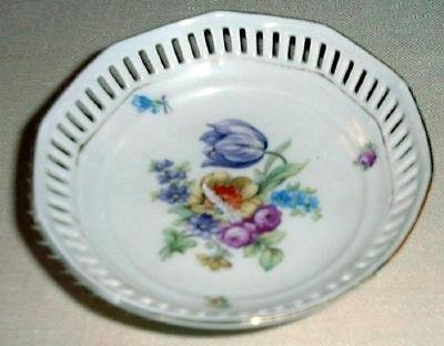 "4"" DRESDEN FLOWERS Pierced Dish by Schumann Bavaria Germany #2"