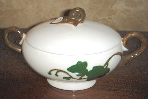 Vintage Sugar Bowl by Poppytrail Metlox California Ivy