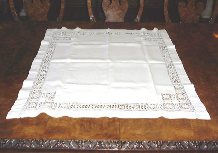 SUPER!! HANDMADE VINTAGE WHITE LINEN CLOTH W/ DRAWNWORK