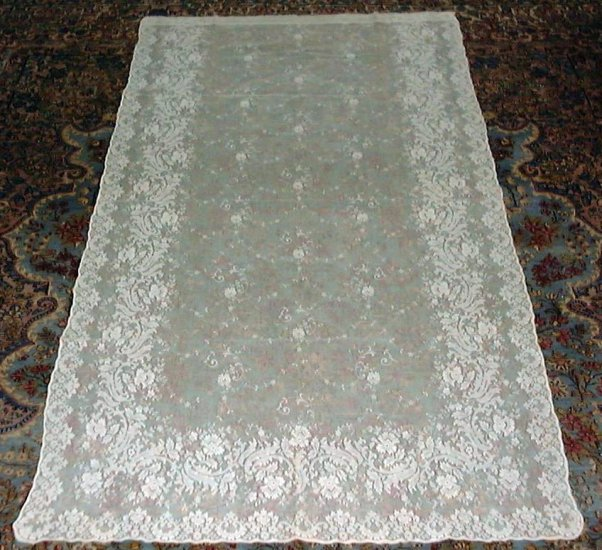 "BEAUTIFUL! VINTAGE FLORAL NET LACE PANEL, 90"" X 48"""