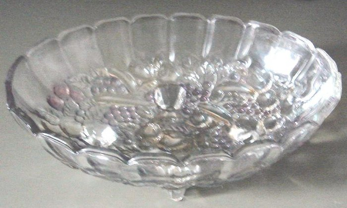 Vintage DELLA ROBBIA Oval Footed Fruit Bowl Pastel Flashed