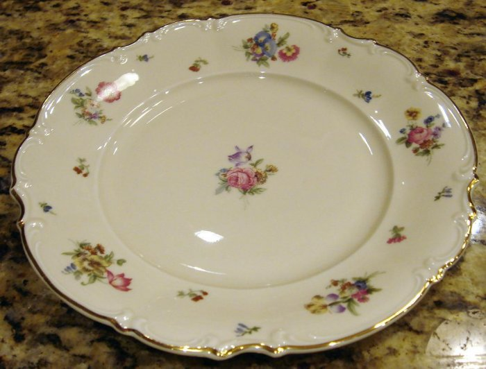 13 inch Round Serving Platter MAYFAIR Hutschenreuther