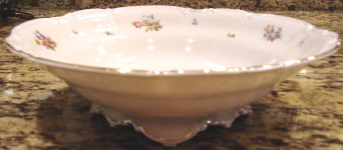 MAYFAIR by Hutschenreuther Round Footed Vegetable Bowl