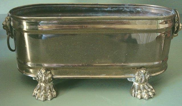 NICE Vintage Oval Brass Cache Pot, Planter Lion's Head Paw Feet
