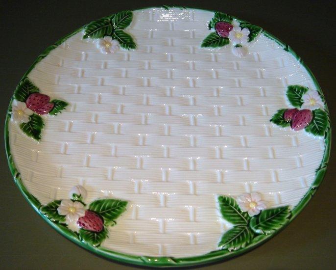 "10"" RIBBON & BOW Basketweave Stoneware Majolica Plate by Haldon"