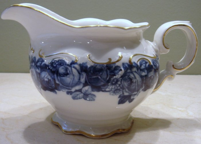 Schumann Bavaria HEIRLOOM Creamer Blue & White Transferware