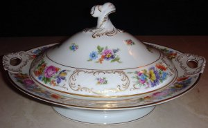 PT Bavaria Tirschenreuth Dresden Flowers Vegetable Bowl with Lid