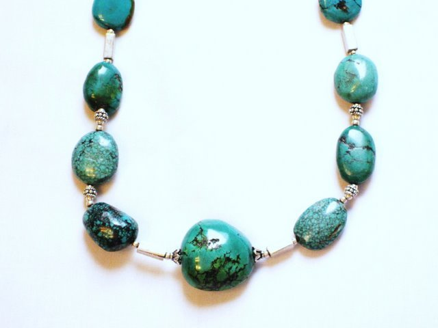 TQ013       Turquoise Necklace