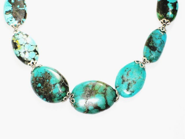 TQ034       Turquoise Necklace