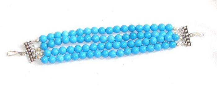 TQ047       Turquoise Bracelets