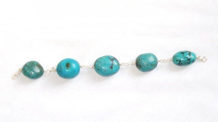 TQ049      Turquoise Bracelets