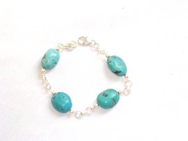 TQ057       Turquoise Bracelets