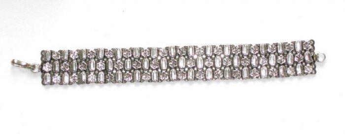 AQ032       Bracelet in Sterling Silver