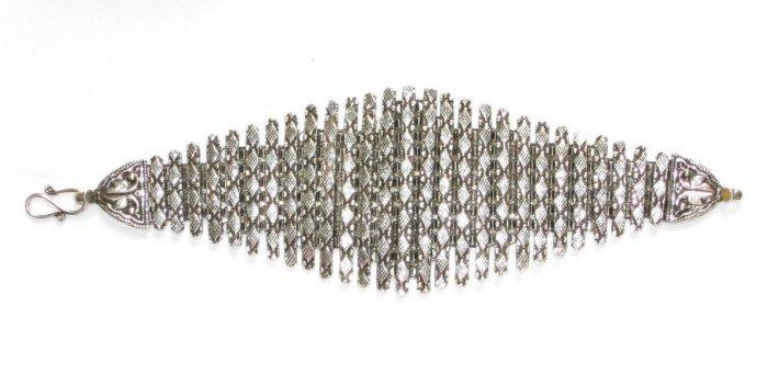 AQ033       Bracelet in Sterling Silver