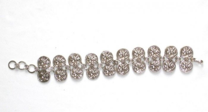 AQ046       Bracelet in Sterling Silver