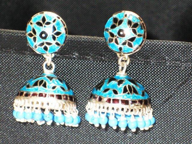 MN211     Enameled Earrings in Sterling Silver