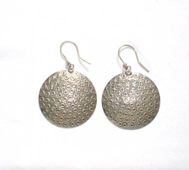AQ052       Earrings in Sterling Silver