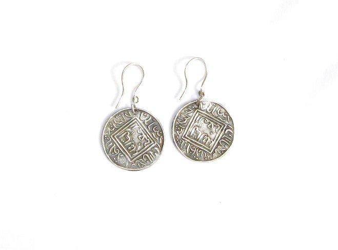 AQ056      Earrings in Sterling Silver