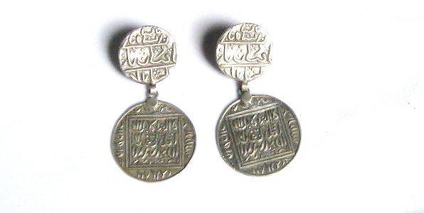 AQ057      Earrings in Sterling Silver