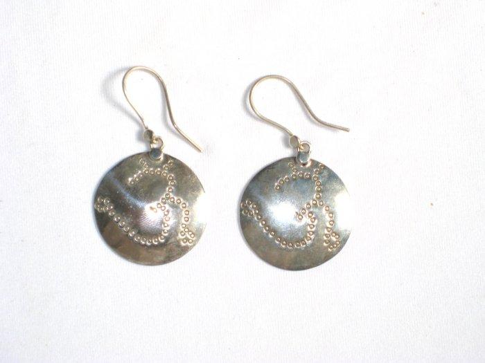 AQ061     Earrings in Sterling Silver