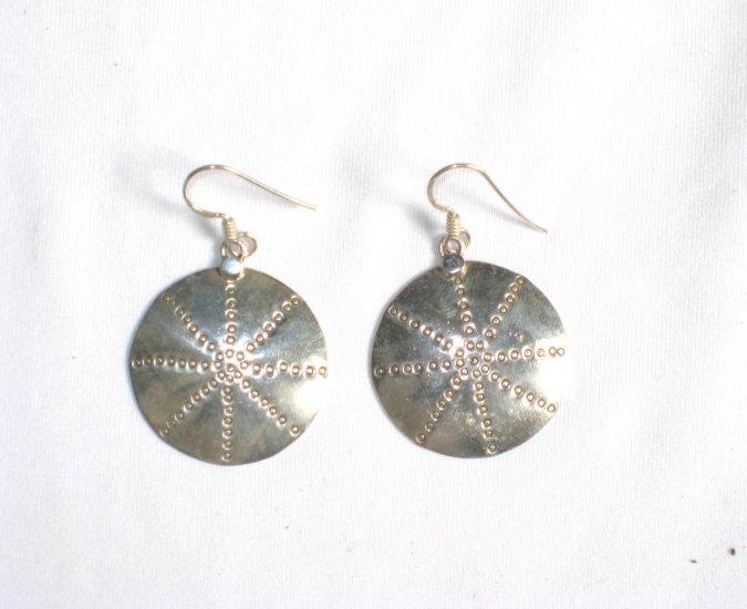 AQ063     Earrings in Sterling Silver
